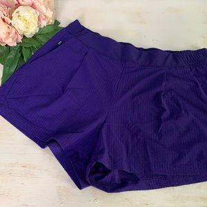 Athleta Women's Textured Brooklyn Short Size 12